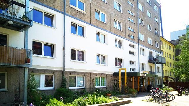 WiLMa19_Fassade_mit_Balkon_Mietshaeuser